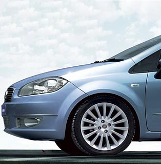 Fiat Linea Sleek Lines